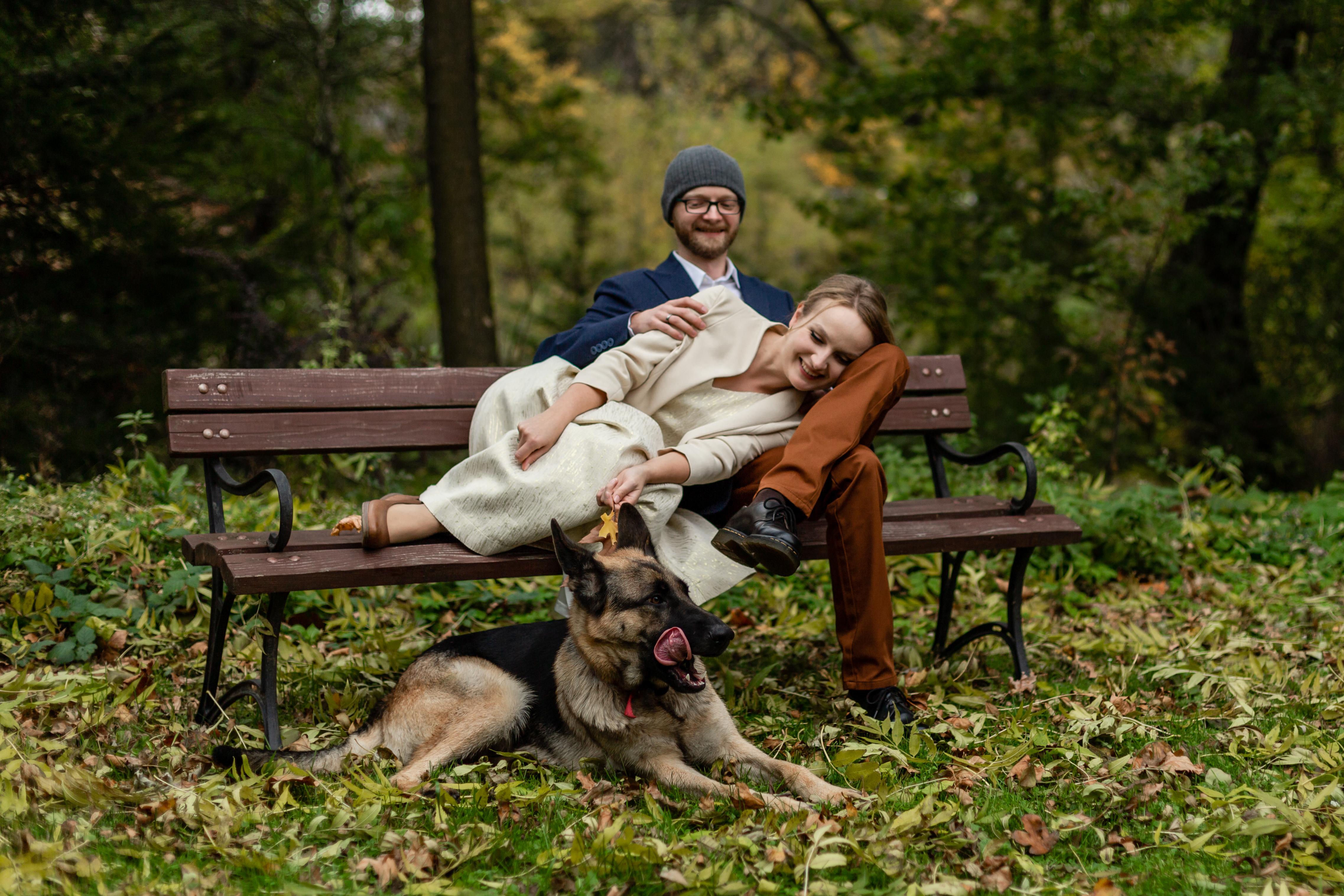 Kolorowy i naturalny plener ślubny jesienią w Bieszczadach
